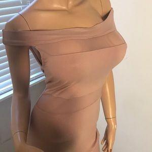 Off the shoulder dress: NWT; by Heart & Hips; LG